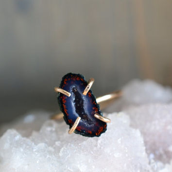 Navy Blue and Red Geode Ring. Gold Fill Prong Boho Ring. Miniature Tabasco Geode Ring. Dark Blue Stone Ring. Gold Fill Prong Ring
