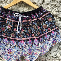 Floral flower Printed Shorts Rayon beach Style Clothing Bohemian Ikat Patterns For Summer for Women Men gift cute and unique black pink