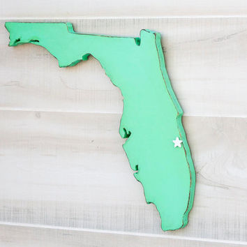 Florida state shape sign wood cutout wall art with heart or star 35 Colors. Wedding Guestbook Anniversary Gift Country Cottage Chic Decor