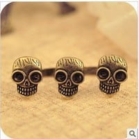 Vintage Double Fingers&Three Skulls Ring at online cheap vintage jewelry store Gofavor