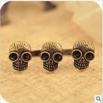 $3.99  Vintage Double  FingersThree Skulls Ring at online cheap vintage jewelry store Gofavor