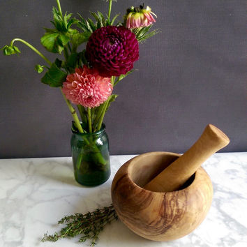 Olive Wood Mortar and Pestle/ Vintage Mortar and Pestle/ Rustic Kitchen Decor /Rustic Wedding Gift