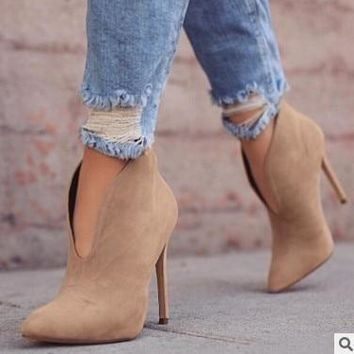 Ladies Suede Like Nubuck Pointed Toe High Heel Vintage Style Ankle Boots