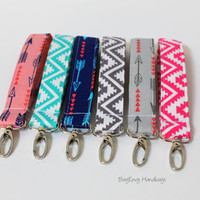 Key Chain / Key Fob - Swivel Clasp Key Wristlet - Choose Your Fabric