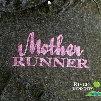 25% off In Stock Sale, Size Small MOTHER RUNNER Long Sleeve Ladies Hooded Pullover,  Moisture Wicking Run Jacket, with thumb holes