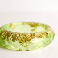 lemon lime multifaceted eco resin bangle with metallic gold flakes
