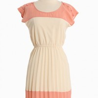 Enchanted Class Pleated Dress | Modern Vintage Dresses