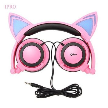 ONETOW IPRO Cat LED Headphones with LED Ears for Kids, Wired Over Ear Headset Hifi Surround Sound Comfortable Headband for Girls/Boys/Children Xmas Gifts (Pink)