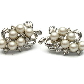 Vintage Silver Tone Faux Pearl Rhinestone Grape Vine Clip Earrings - Clear Rhinestones and Faux Pearls Clip On Earrings Wedding Bride Bridal
