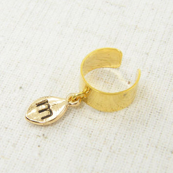 Personalized Ear Cuff, Gold Ear Cuff with Initial Charm Dangle Drop Chain Jewelry