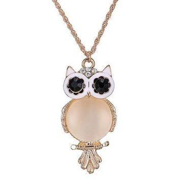 Graceful Faux Opal Owl Sweater Chain For Women - Golden