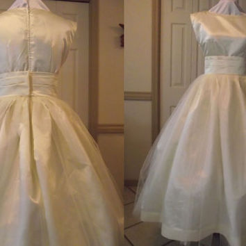 Wedding Gown Audrey Hepburn Retro Wedding Dress and Sash by MGDclothing