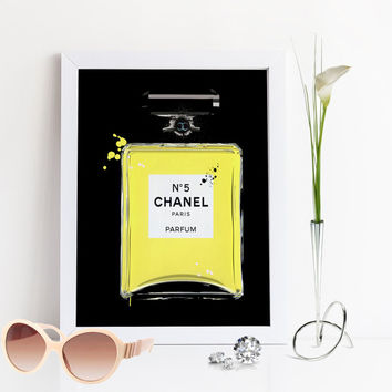 COCO CHANEL PERFUME,Black And Gold,Chanel Perfume Bottle,Black And Yellow,Chanel Perfume No5,Chanel Print,Fashion Print,Fashionista,Birthday