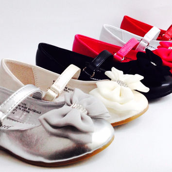 Girls Little Angels Enna715 FORMAL WEDDING PAGEANT COMMUNION Rhinestone Bow Tie Velcro strap closed toe flats shoes