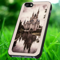Cinderella's Castle Walt Disney World spesial design for iphone 4/4s, 5/5s, 5c ,iphone 6,ipod 4/5, samsung galaxy case