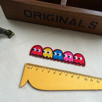 Cute iron on cloth patches cartoon pacman shapes game