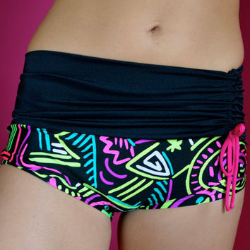 Shorts with black border  for Bikram yoga