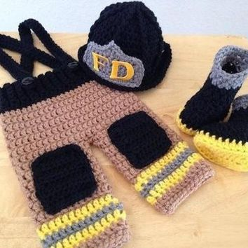 Newborn Infant Baby Photography Prop Handmade Knit Crochet Firefighter baby boy cloth