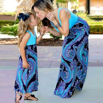 Mother daughter dresses Patchwork matching outfits Vintage Family look fashion