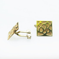 Gold Men's Cuff Links with Raised Design