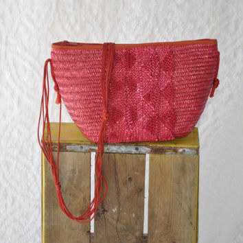 Miller & Rhoads Red Woven Straw Purse with Strap/ Made In Italy/ Raffia Basket Purse. Beach Resort Straw Shoulder Purse. Small Bucket Bag
