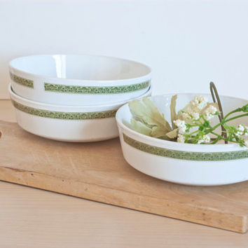 Corning Centura Lynwood Straight Sided Bowls Sage Green Shallow Soup Salad Cereal Bowls