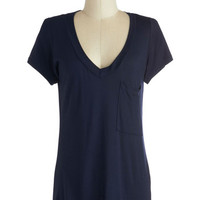 Simply Styled Top in Navy