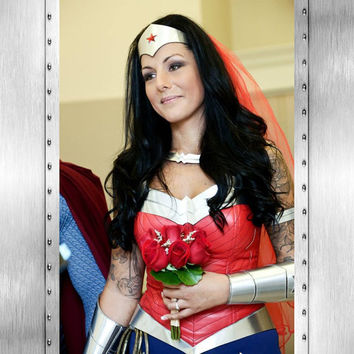 New DC 52 GORGEOUS Justice League Wonder Woman Costume...