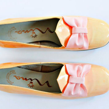 Nina orange tea patent leather, powder pink bow low chunk heel 60s/70s loafers size 9 FREE U.S. shipping