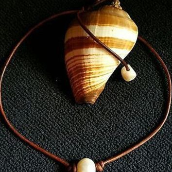 High Quality Freshwater Pearl and Leather Necklace/choker