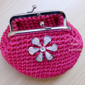 Pink Framed Coin Purse Kiss Clasp Silver Metal Frame Money Pouch Crochet Niatta