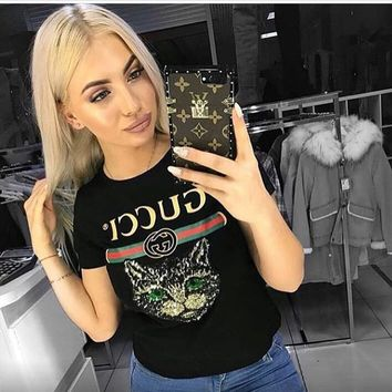 shosouvenir GUCCI 2018 Catwalk Model T-Shirt Embroidery Sequin Cat Shirt Tunic Blouse Trending Top