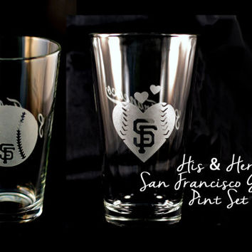 His & Hers San Francisco Giants Baseball and Baseball Heart Custom Etched Pint Glasses - Set of 2