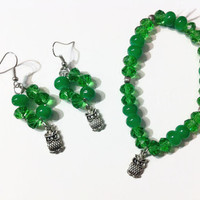Bright Green Beaded Owl Jewelry Set, Beaded jewelry, owl charms, gift ideas, stocking stuffers, charm bracelets, earthy green, owl earrings,
