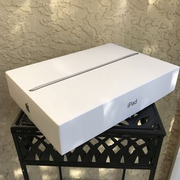APPLE iPAD 6th Generation Box Only