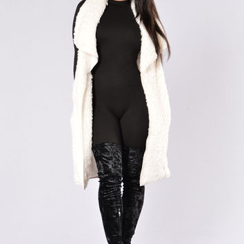 Warm and Cuddly Vest - Off White
