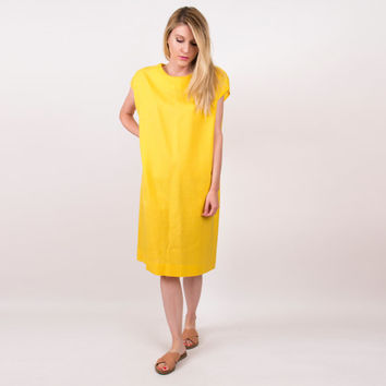 80's yellow sack dress / minimalist tunic dress / Vintage 1980s bright cap sleeve midi