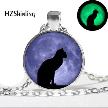 Glowing Necklace Pendant cat moon