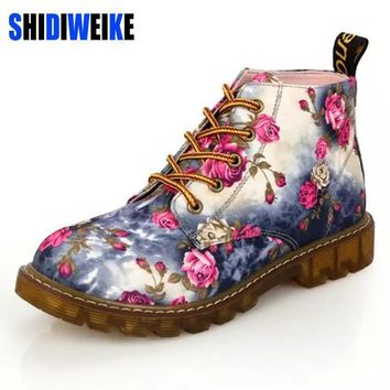 SHIDIWEIKE Fashion Women Boots Floral Printed Martin Boots Soft Sole Ankle Boots Lace