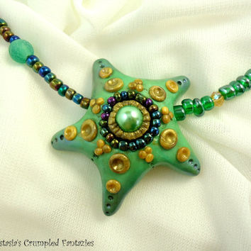 Polymer clay green starfish pendant, Sea bottom creatures necklace, Underwater mermaid pendant, Peaock glass faceted beads