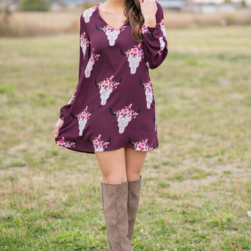 Texas Dust Bull Skull Long Sleeve Skift Dress (Wine)
