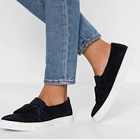 Fashionable new larger-size leopard print single shoes women's flat one-foot button-down casual loafers Black