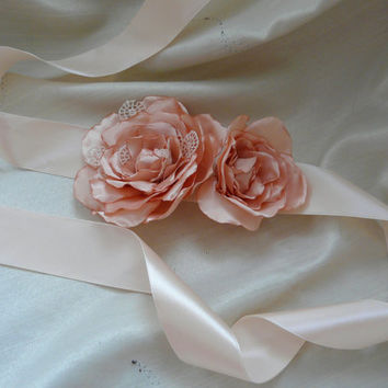 Peach Flower Sash, Peach Bridal Sash, Flower Wedding Belt, Floral Bridal Sash, Peach Flower Girl Sash
