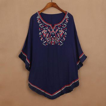 2018 Vintage 70s Mexican Ethnic Floral Embroidered Loose Shirt Tops Batwing Boho Hippie Blouse Blusa Femininas Femme