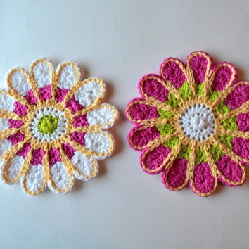 Crochet Chrysanthemum Dishcloths,  Customizable Colorful Wash Rags, Trivets, Table Decoration, Perfect for Spring & Summer
