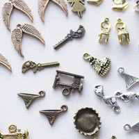 34pcs Random Mix Charms Tibetan Gold Antique Doll Telephone Sewing Machine Wings Bow Chairs Lamp Key Underwear Swimsuit Bikini Bundle