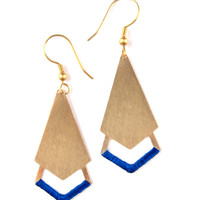 Threaded Arrow Earrings - Gold