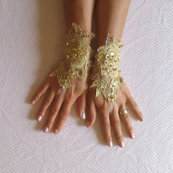 Gold Wedding gloves free ship bridal gloves  fingerless lace  gloves french lace gloves gauntlets guantes