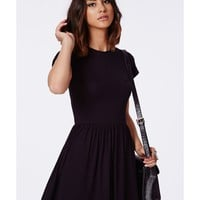 Missguided - Aliveta T-Shirt Skater Dress In Black
