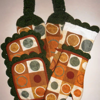 Modern Kitchen Towel Set, Circles, Earth Tones, Geometric, Green, Hanging Towels, Pot Holders, Oven Mitt, Dish Cloth